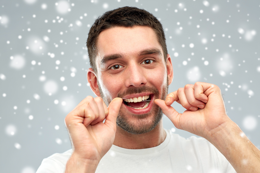 Does flossing really help?